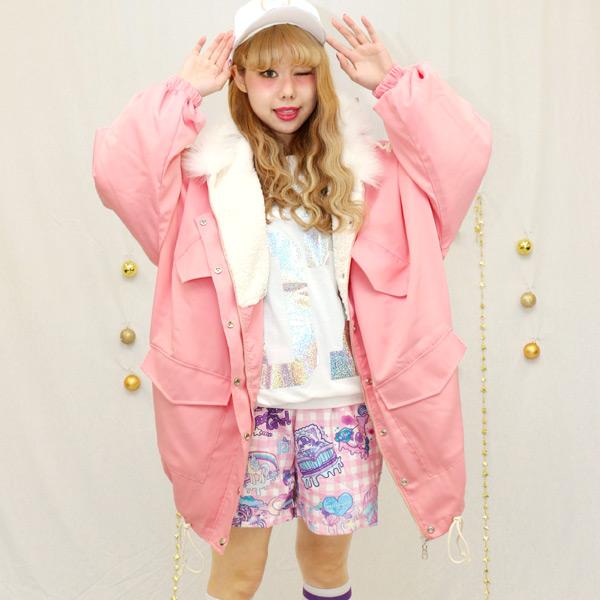 原宿系 ジャケット ファッション ヤサンジャンパー ダントツ一番人気だったビッグシルエットカラーモッズコートがバージョンアップ☆原宿系ジャケット 青文字 系 個性的