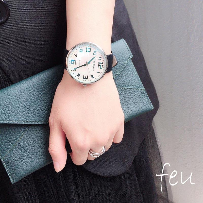 【feu】普段使いしやすいオシャレな腕時計◎