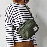 【バッグ】アウトドアスタイルのバッグ